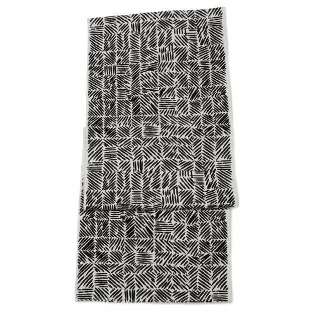 Běhoun Juustomuotti 47x150, černobílý