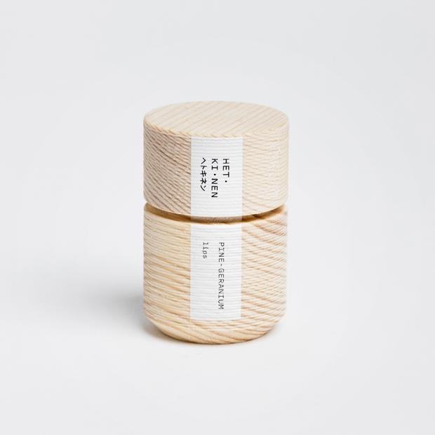 Přírodní balzám na rty Hetkinen 10ml, borovice-geránium