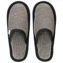 Čepice a pantofle